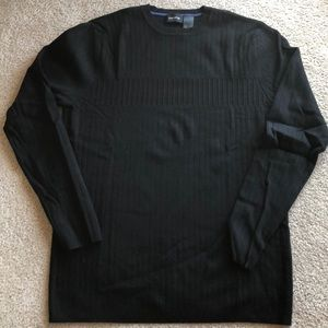 Claiborne black sweater with rib detail L